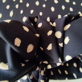 Sudadera gotas negro (3)