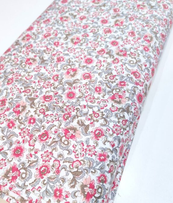 Viella blanco flores rosas y verdes